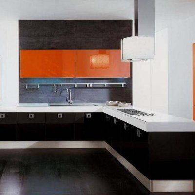 Угловая стильная кухня