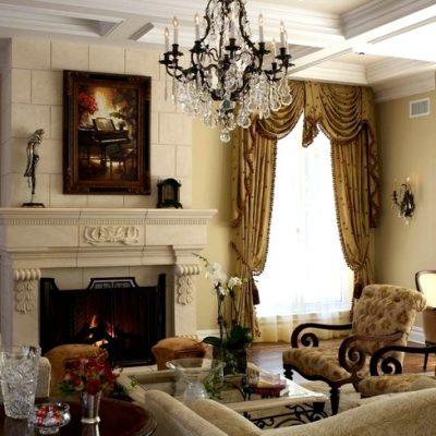 классические шторы в интерьере гостиной