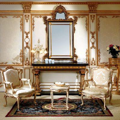 классическое зеркало в интерьере гостиной