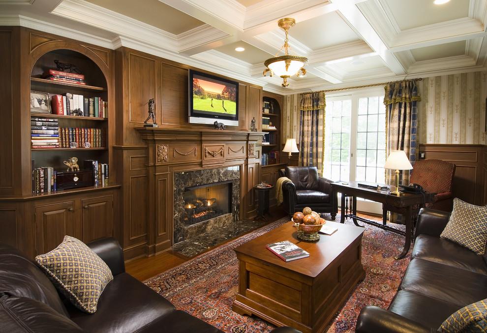 Кожаная мебель в кабинете в английском стиле