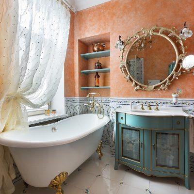Красивая ванная в викторианском стиле