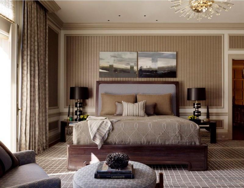 Маленькую спальню будет проще обставить, если придерживаться симметрии