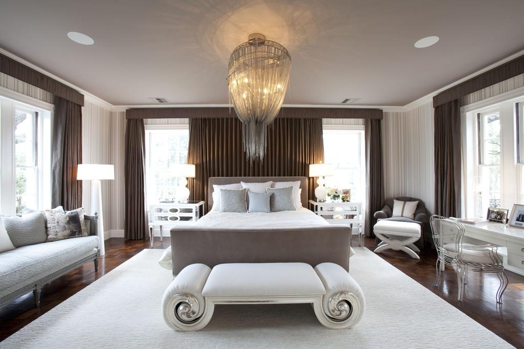 Светлая спальня - это всегда роскошно