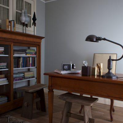 Неброский стиль кабинета