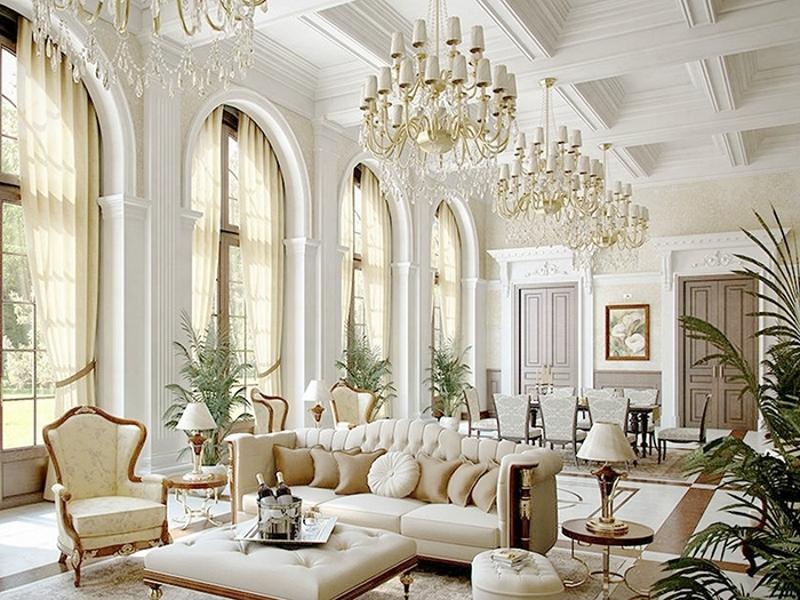 Высокие окна и потолки в интерьере в стиле ампир