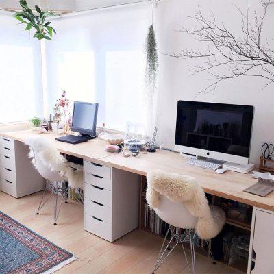 Два офиса в одном кабинете