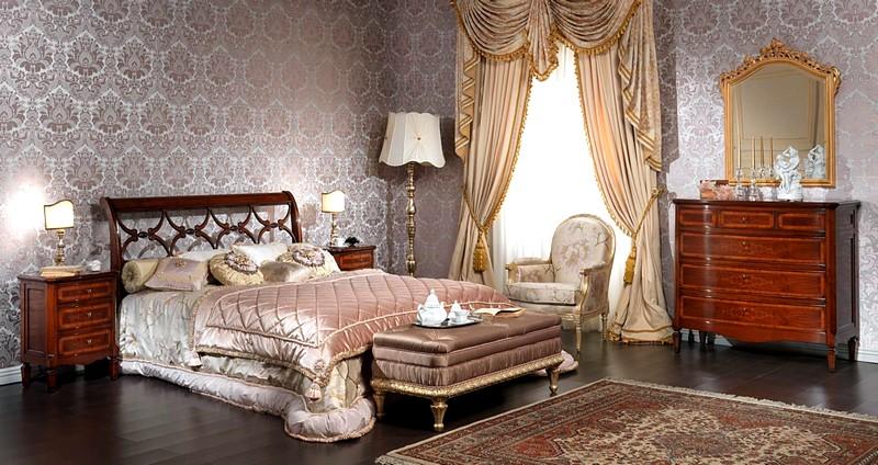 Шторы в классическом стиле в интерьере спальни