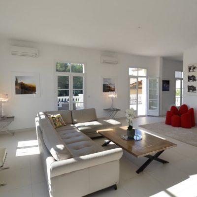 Стильная комната в стиле прованс в современности