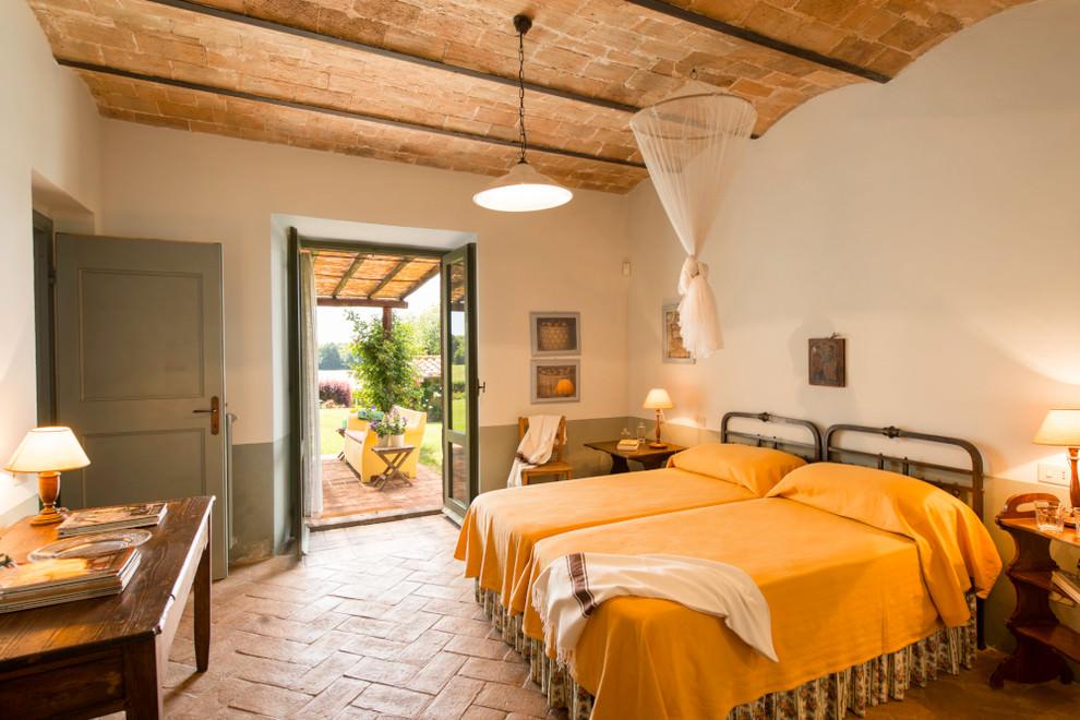 Средиземноморский стиль в интерьере выбирают люди, которые любят романтику, практичность и простоту