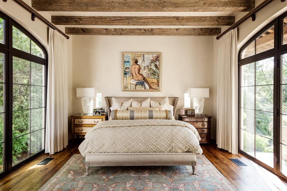 Не стоит использовать в оформлении спальни больше 3 основных цветов