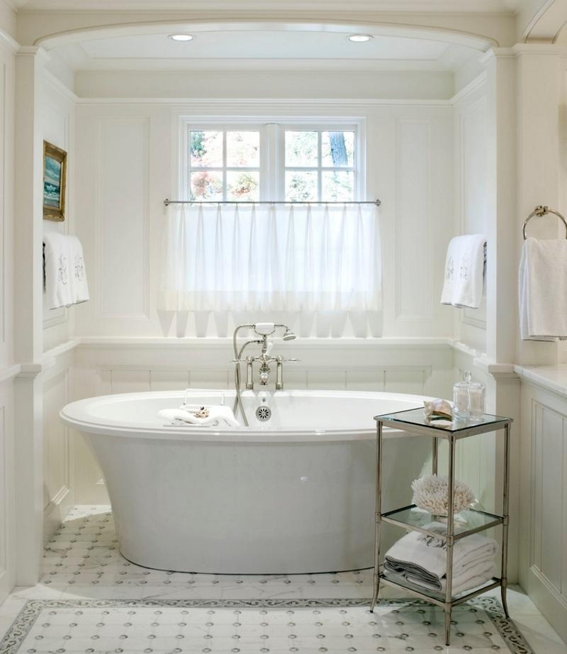Штора-клеенка для ванного окна