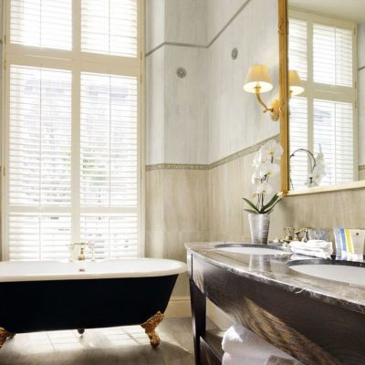Ванная на ножках в викторианском стиле