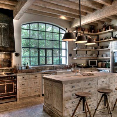 Светлые оттенки мебели на кухне