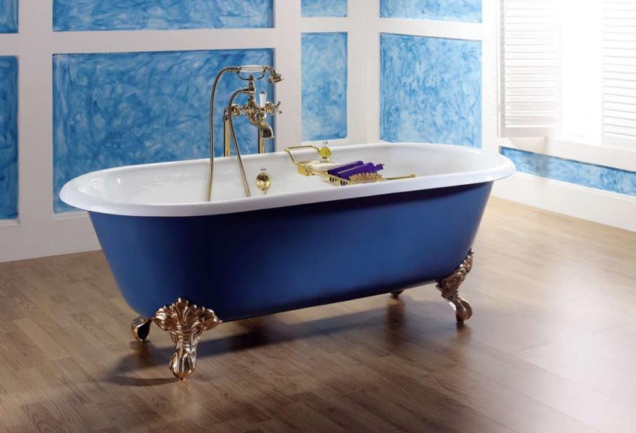 Чугунная синяя ванная