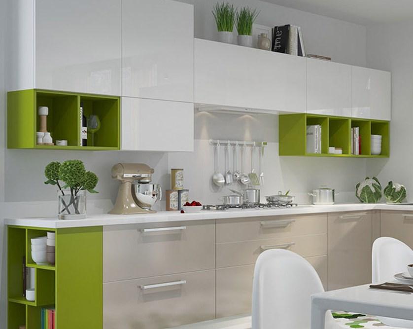 Разбавка интерьера кухни ярким цветом