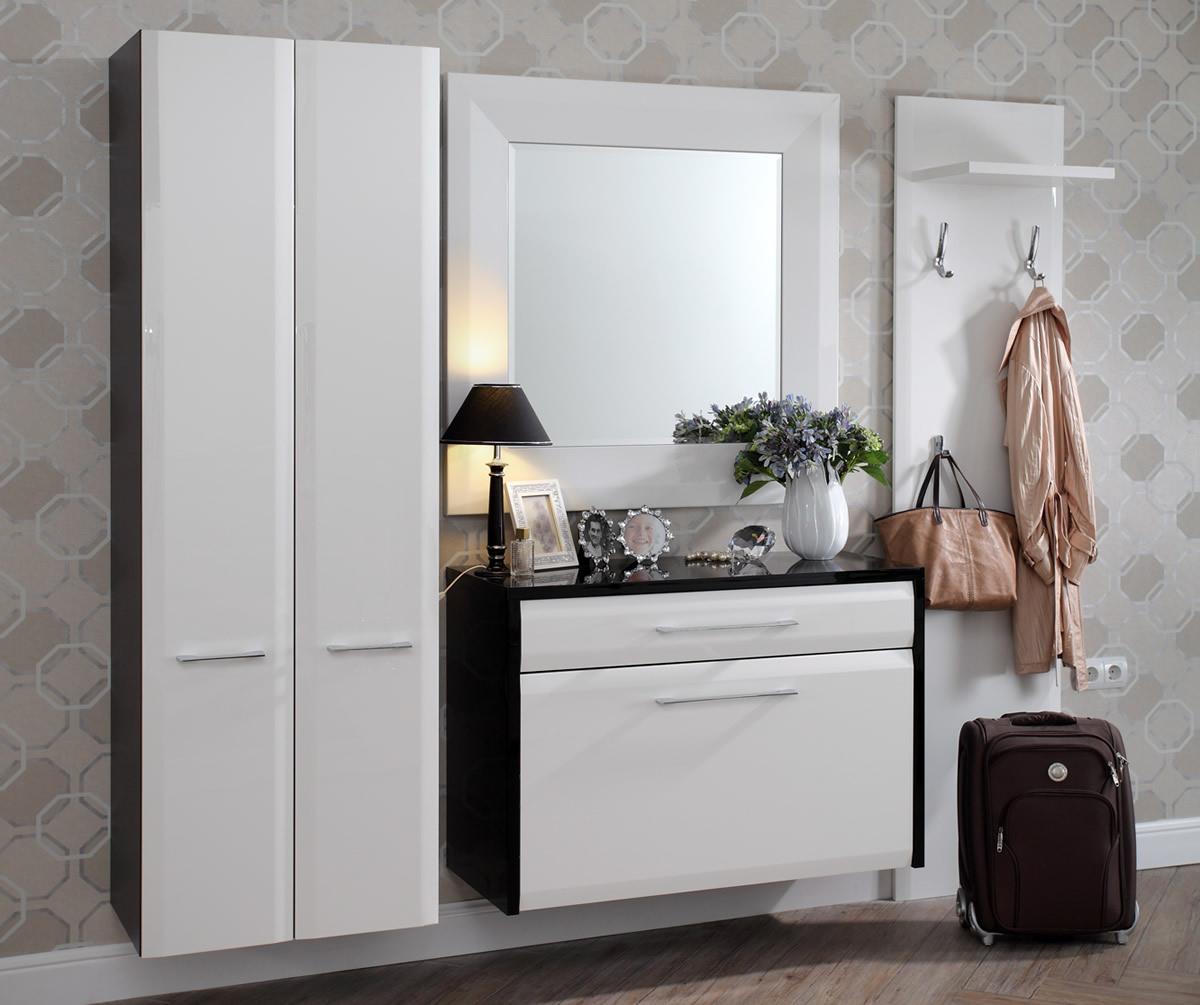 Комплект мебели в прихожей