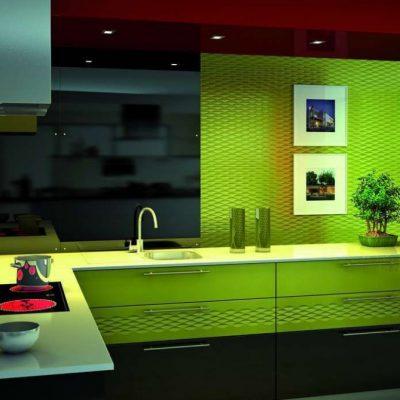 Яркая кухня модерн
