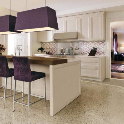 Идеальное соетание кремовых и фиолетовых цветов