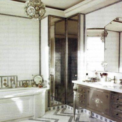 Светлая плитка в ванной