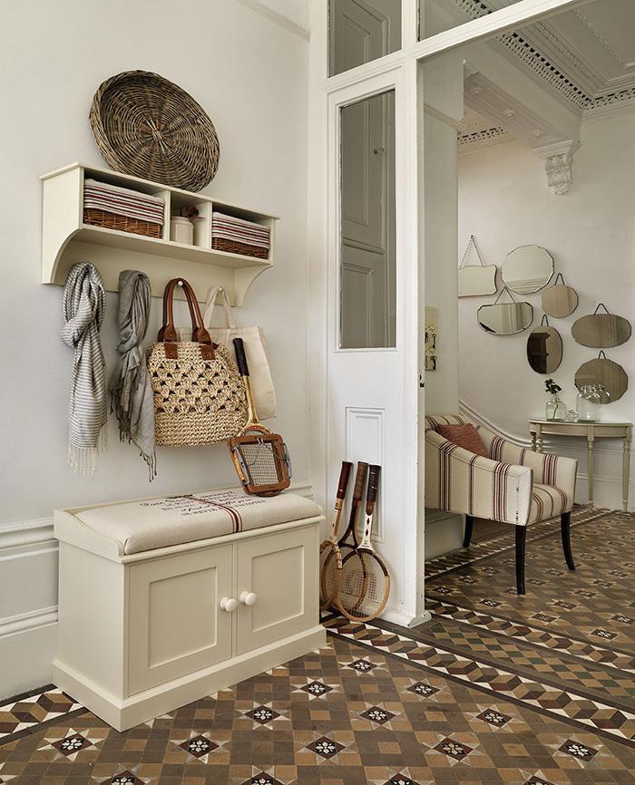 фото мебель прихожей в стиле ретро нашей