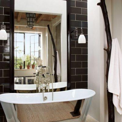 Зеркало над ванной