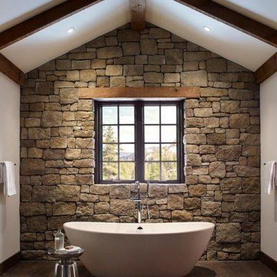 Ванная у стены