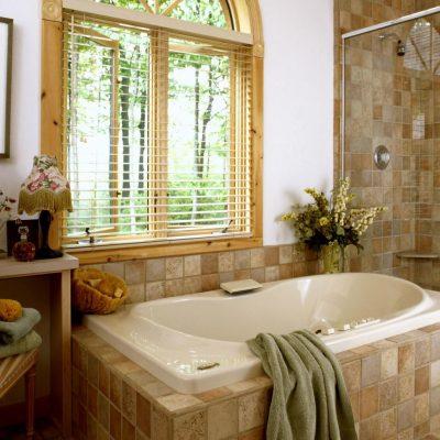 Маленькая ванна в интерьере