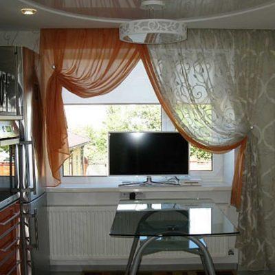 Красивая кухня дизайн со шторами на фото
