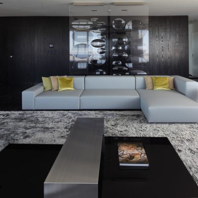 Угловой диван в хай теке
