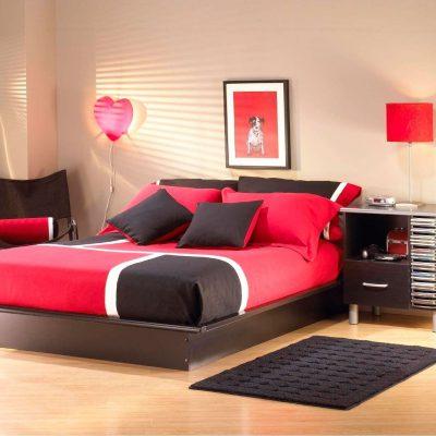 Красно-коричневая спальня