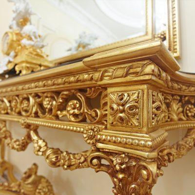 Богатое украшение мебели