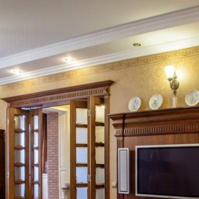 Потолок гостиной