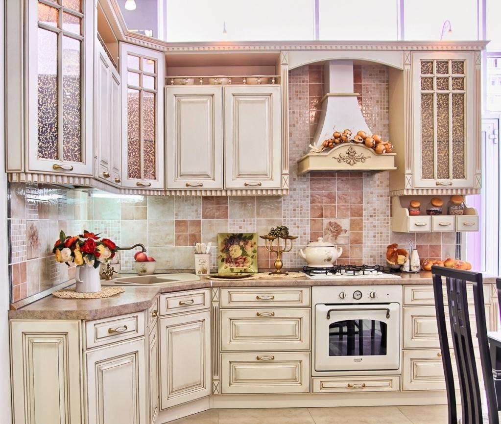 Моедль оформленной угловой кухни