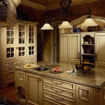 Темное освещение кухни