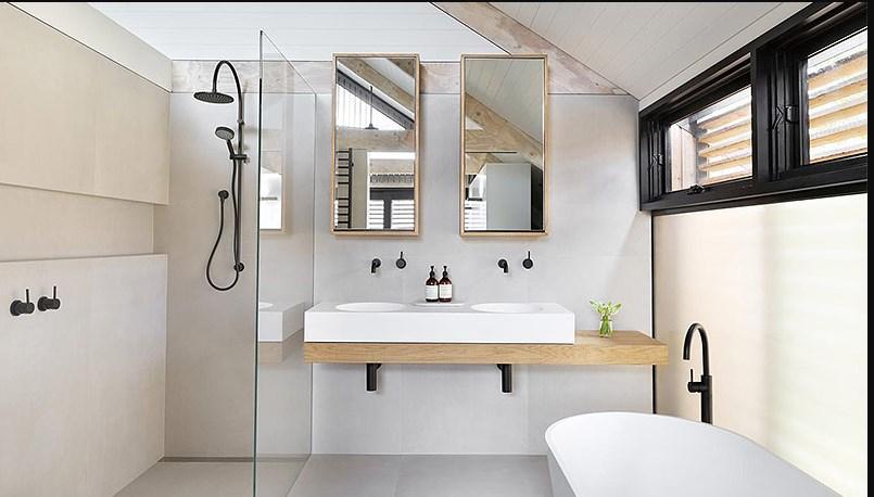 Большая ванная на фото интерьера