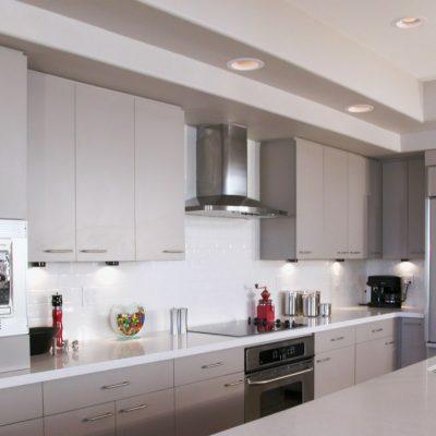 Серый оттенок кухни