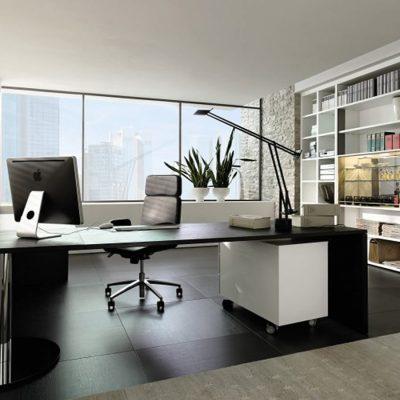 Черно-белый офис