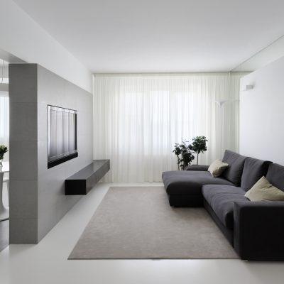Горизонтальное оформление гостиной