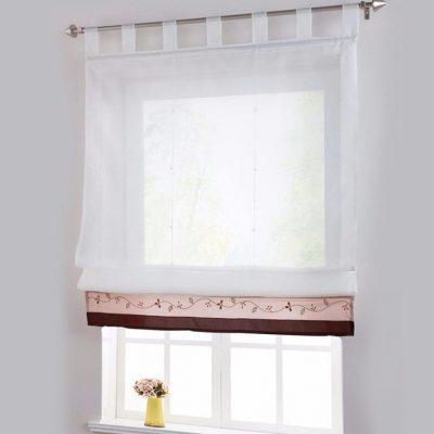 Обычные шторы в римском стиле