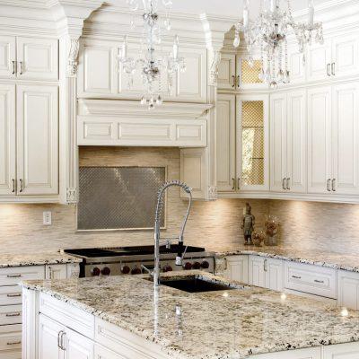 Кристально белая кухня