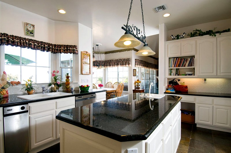 Индийский этно-стиль в кухонном интерьере