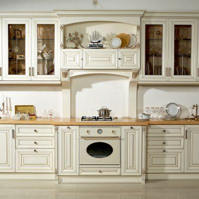 Классический белый цвет кухни в моде