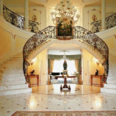 Двойная лестница на фото