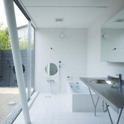 Детали ванной комнаты минимализма стиля