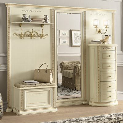 Модульный шкаф белого цвета в прихожую в классическом стиле на фото примере