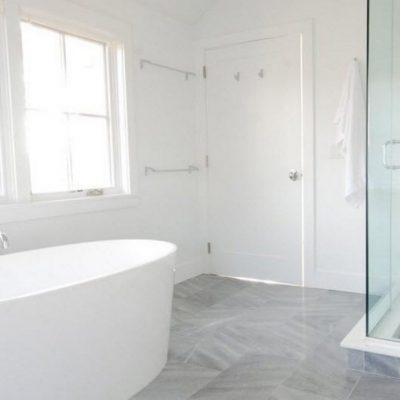 Интересное оформление ванной комнаты