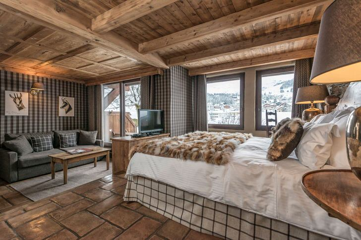 Пример спальни в оформлении шале стиля на примере фото