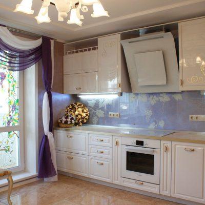 Современная неоклассика стиля в интерьере кухни