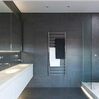 Держатель для полотенцев в ванной