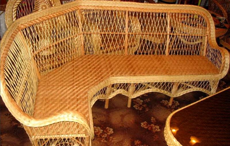 диван на кухню в стиле прованс